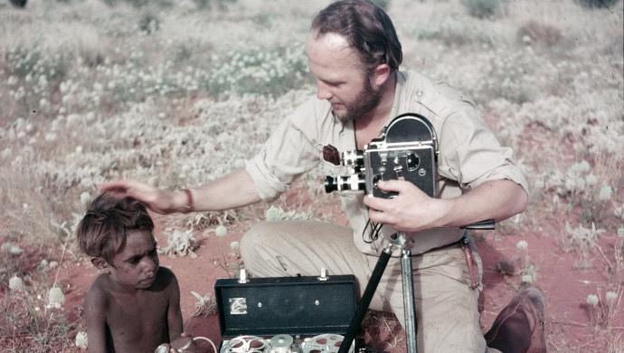 Jens Bjerre 10, Jens Bjerre på filmoptagelse blandt aboriginaler i Australien