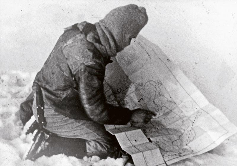 Jens Bjerre 7, Den danske globetrotter i sin søgen efter den afskyelige snemand