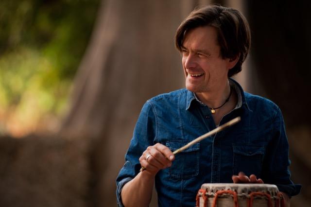 Medlem nr 479, Jonas Johansen, musiker, trommeslager og kapelmester i Gambia